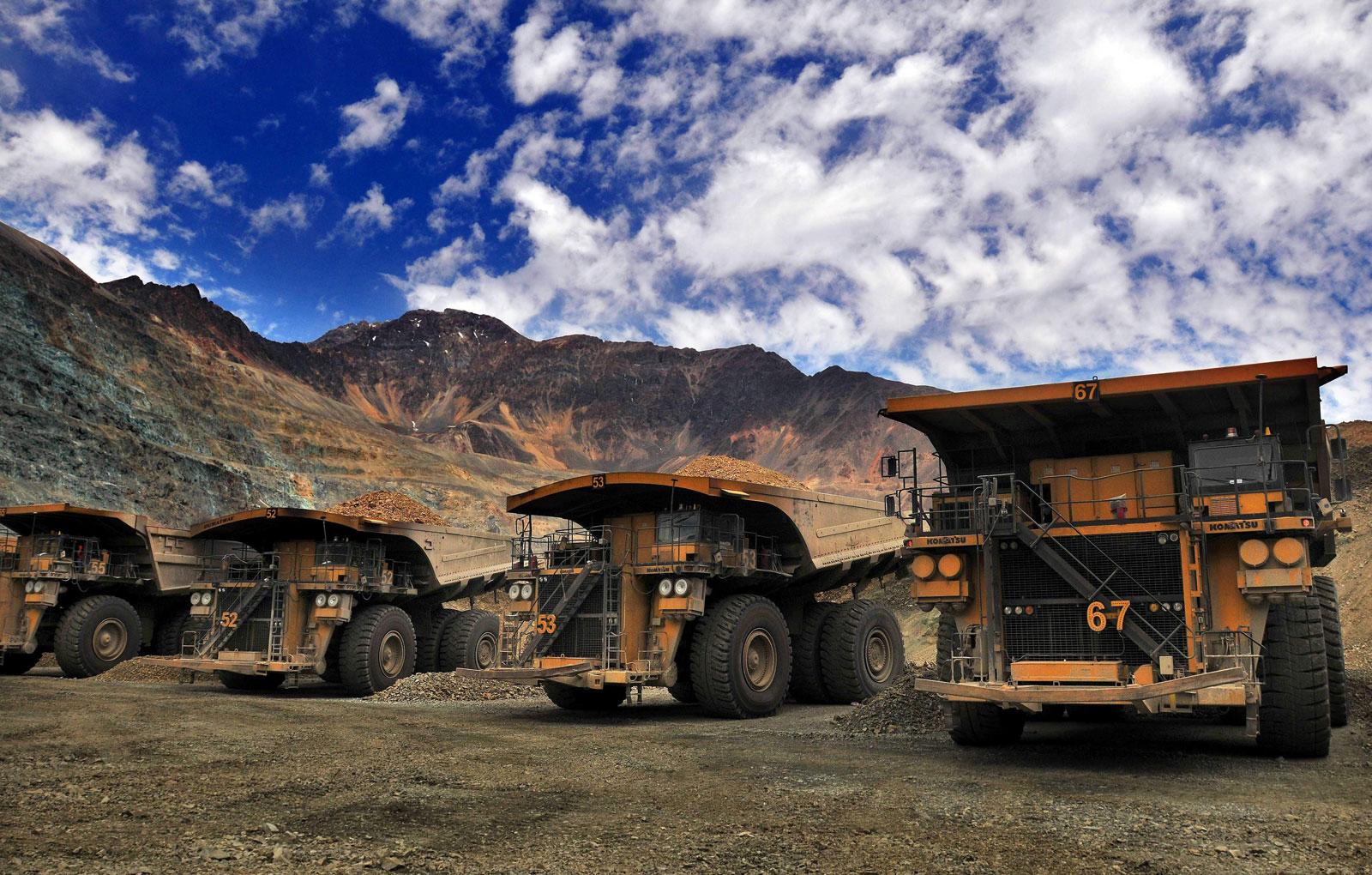 ¡Buenas noticias! Inician minería industrial a cielo abierto en Ecuador