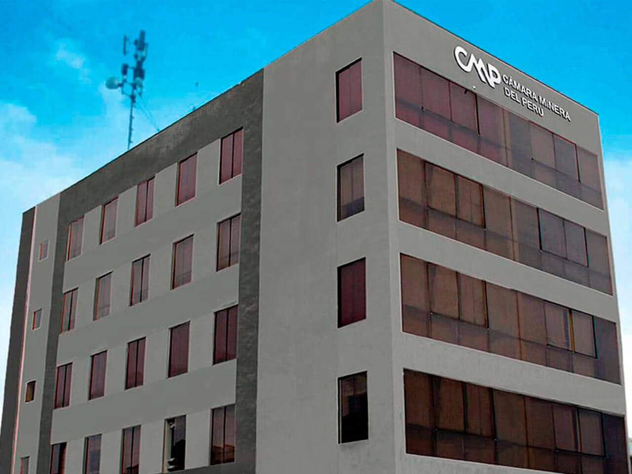CAMIPER amplia infraestructura operativa en La Molina