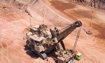 Pala de Komatsu: Récord mundial de carga en minería