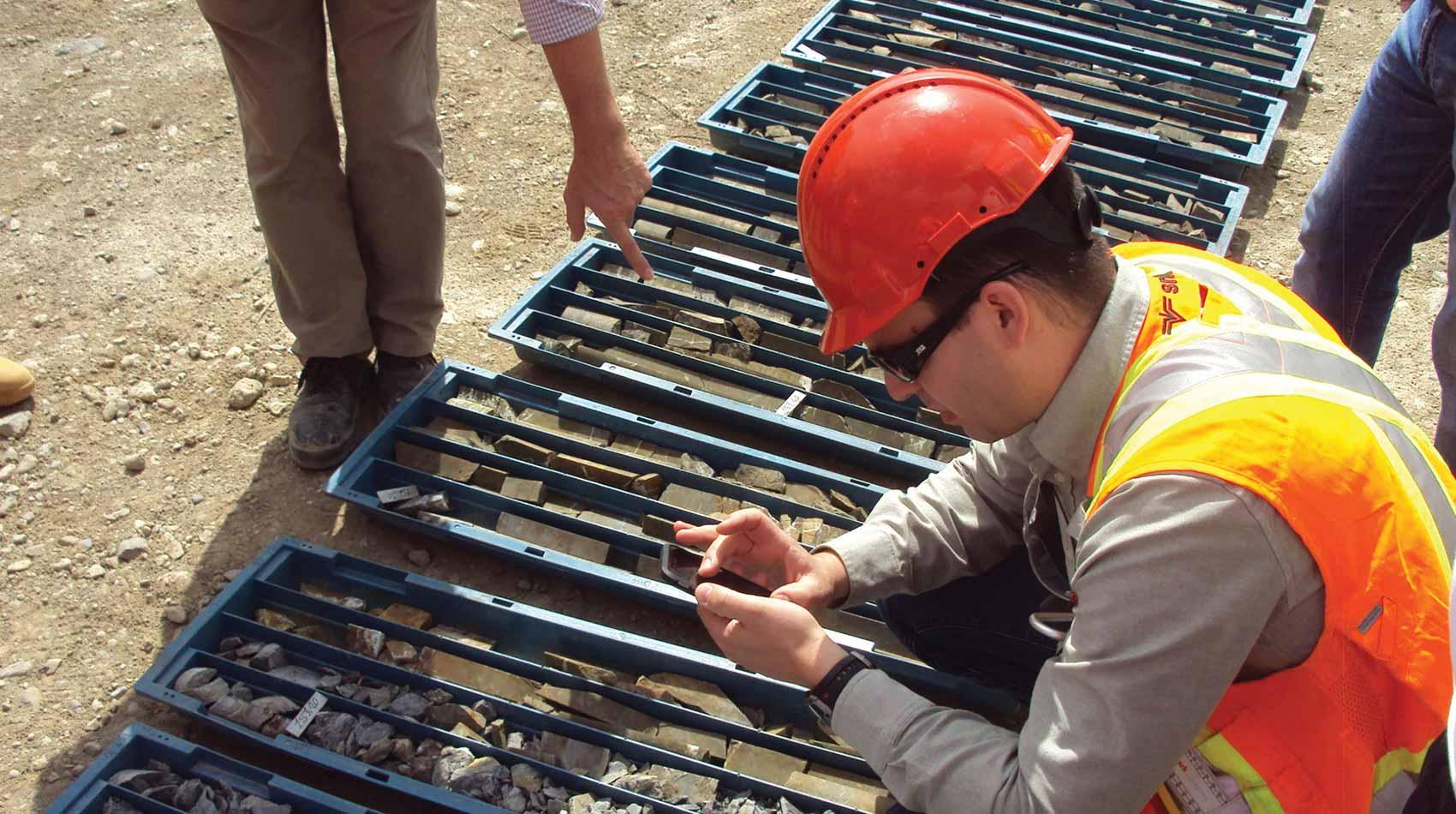 Diplomado Internacional Prospección y Exploración Minera